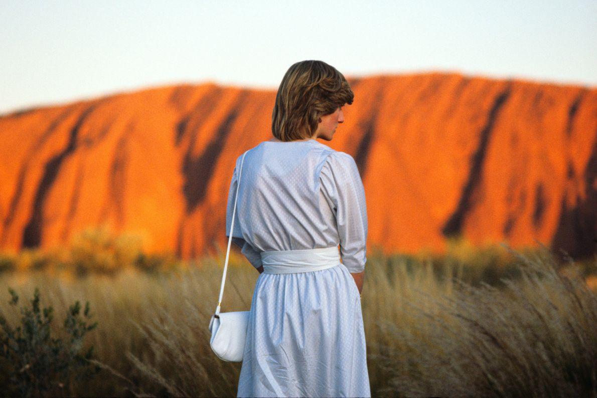 Lady Di observa paisagem australiana