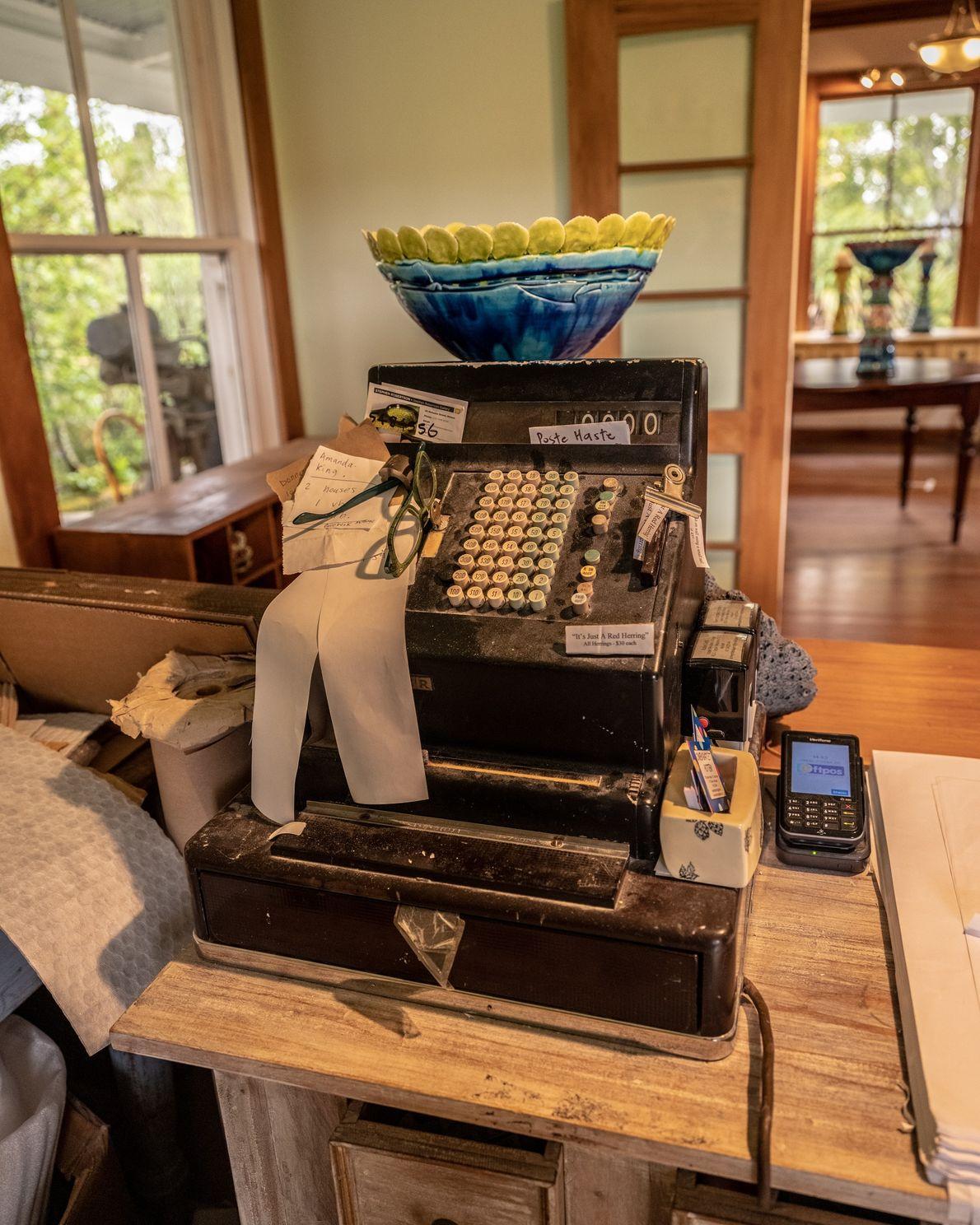 turismo-nova-zelandia-dois-nelson-wineries-tasman-antiga-loja-agencia-correio