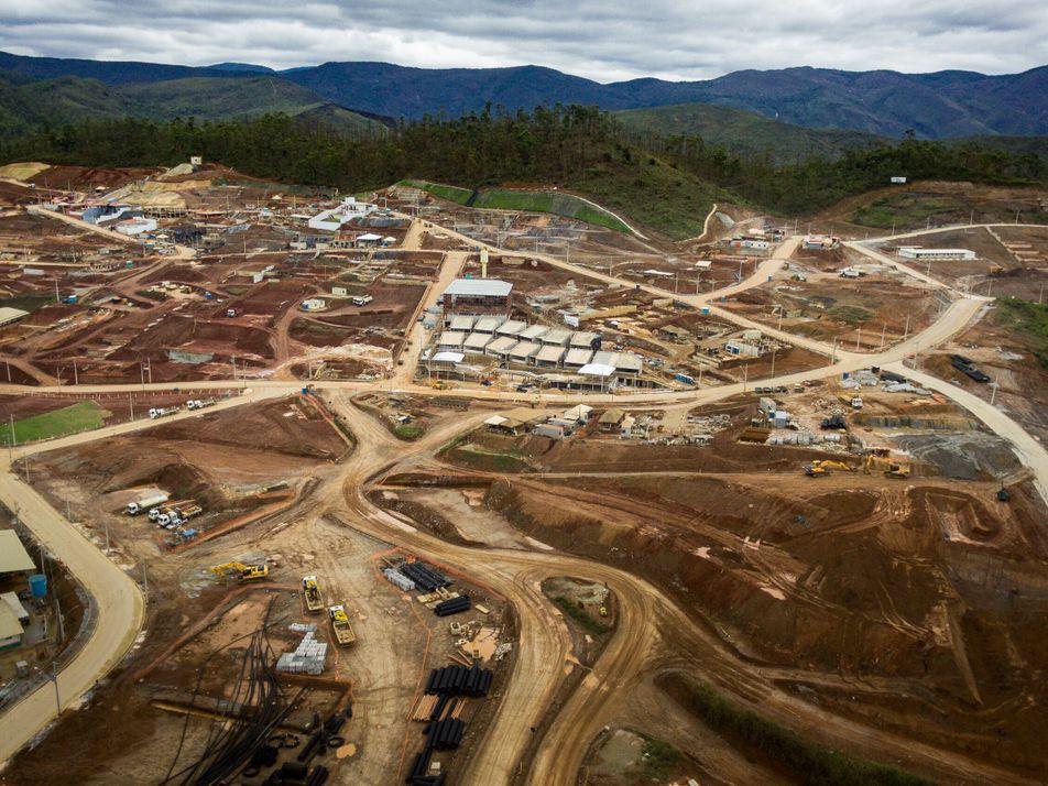 Cinco anos depois, desalojados por barragem de Mariana ainda não foram reassentados