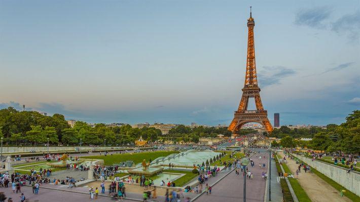 Como limpar a torre Eiffel