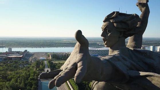 Memorial russo homenageia soldados mortos na Segunda Guerra