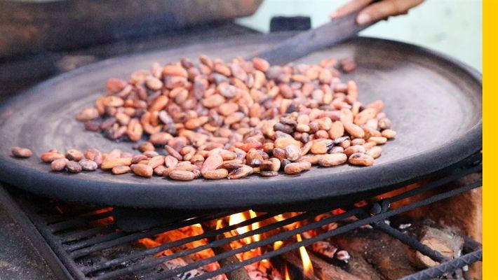 Veja como preparar o tradicional chocolate quente da Guatemala