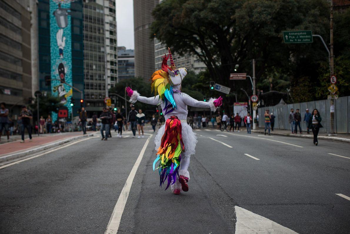 O Brasil é um dos países que mais mata homossexuais no mundo, mas tem avançado aos ...