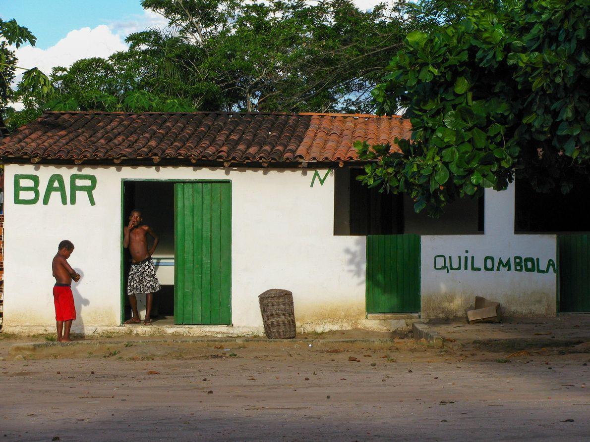Bar na comunidade quilombola do Remanso, próxima ao pantanal dos Marimbus e da cidade de Lençóis, ...