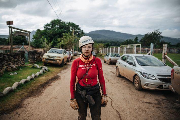 1º Tenente Silvane Priscila Adonay Martins Andrade tem 29 anos e é bombeira militar a dez. ...