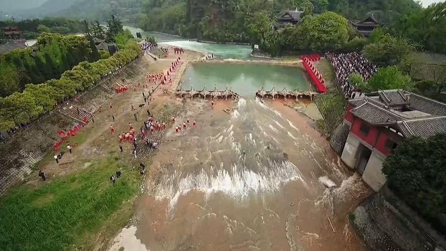 Veja o incrível sistema de barragens criado há mais de dois mil anos na China