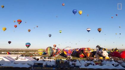Timelapse incrível mostra o maior festival de balões do mundo