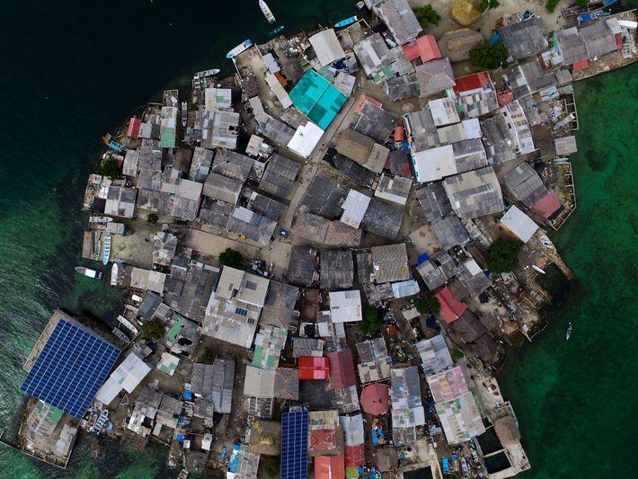 Santa Cruz del Islote é uma ilhota localizada em frente ao golfo do Morrosquillo, em Bolívar, ...