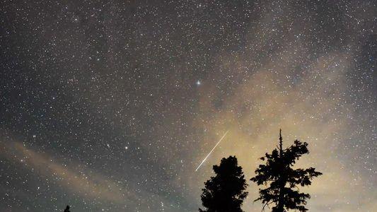 Como observar a chuva de meteoros que atinge a Terra neste fim de semana