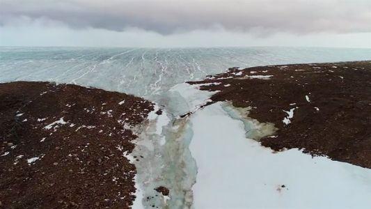 Um passeio de drone pelo Ártico