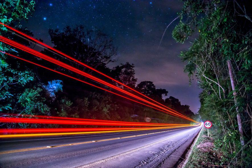 Trecho da rodovia BR-101 no Espírito Santo. A maioria dos atropelamentos acontecem a noite, tanto pela …