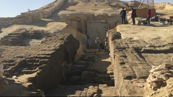 800 tumbas escondidas sob a areia são mapeadas pela primeira vez no Egito