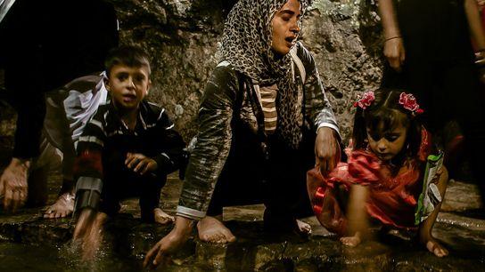 yazidis-ex-escravas-rebatismo-iraque-isis