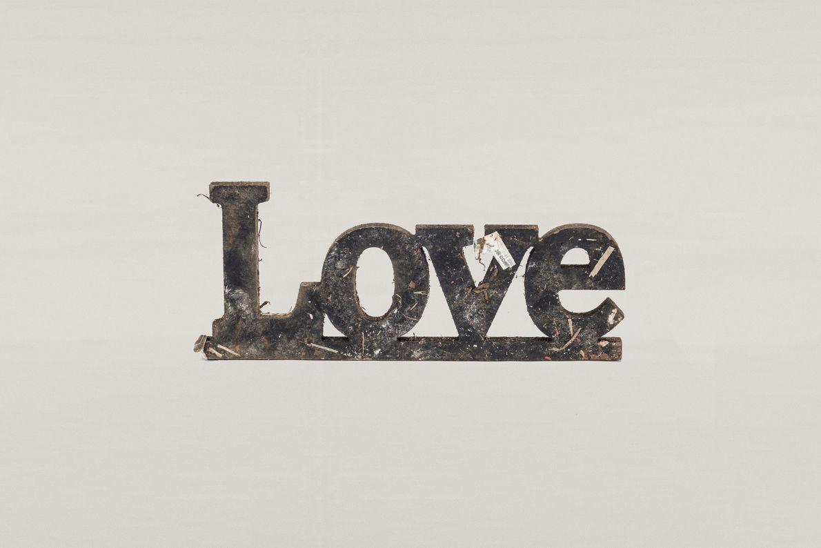 placa de madeira Love