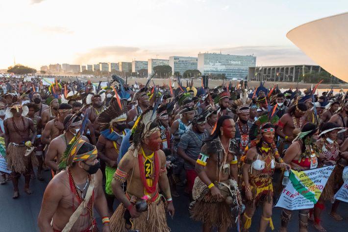 Davi Kopenawa esteve em Brasília para acompanhar as manifestações contra a tese do marco temporal, cuja ...