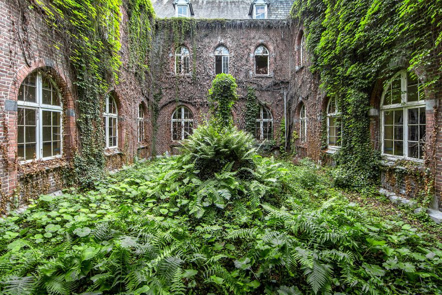 Monastério, Bélgica