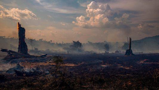 Temporada movimentada de furacões no Atlântico pode gerar mais incêndios na Amazônia