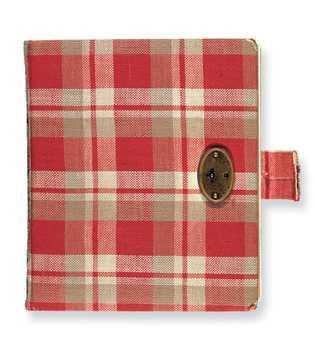 O primeiro diário de Anne Frank foi um diário de estampa xadrez vermelha que ela escreveu ...
