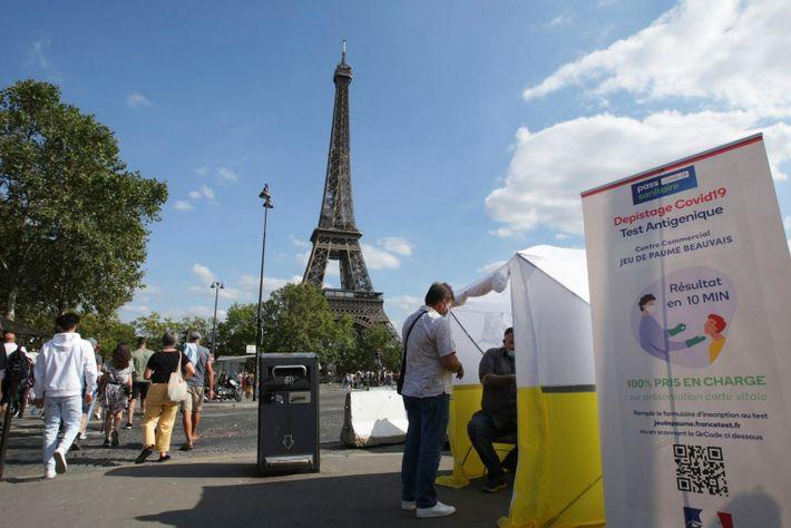 Coronavirus In Paris