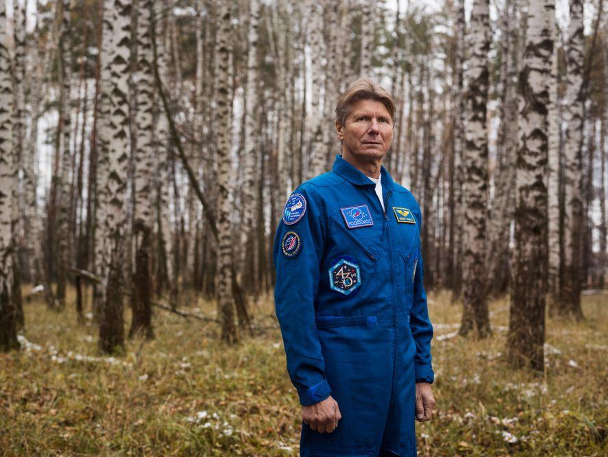 GENNADY PADALKA | PARQUE NACIONAL LOSINY OSTROV, RÚSSIA O russo é recordista em permanência no espaço – ...