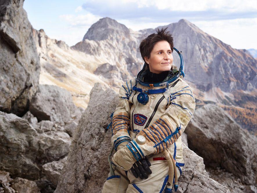 A astronauta italiana Samantha Cristoforetti detém o recorde da segunda viagem espacial ininterrupta mais longa realizada ...