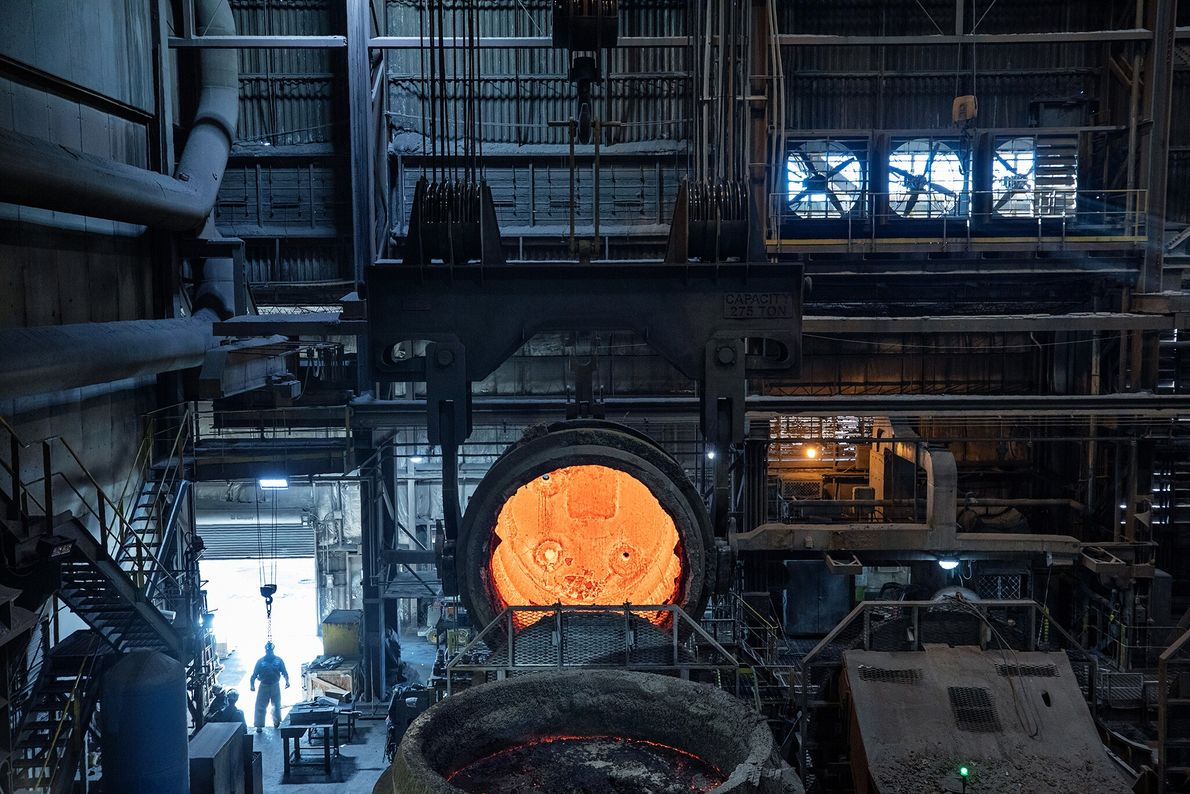 Os fornos da siderúrgica SSAB America em Montpelier, Iowa, são elétricos e, segundo a empresa, em ...