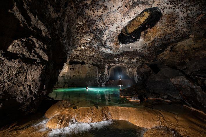 A caverna Chympe — onde os moradores relataram ver os peixes cavernícolas sem olhos, embora raramente ...