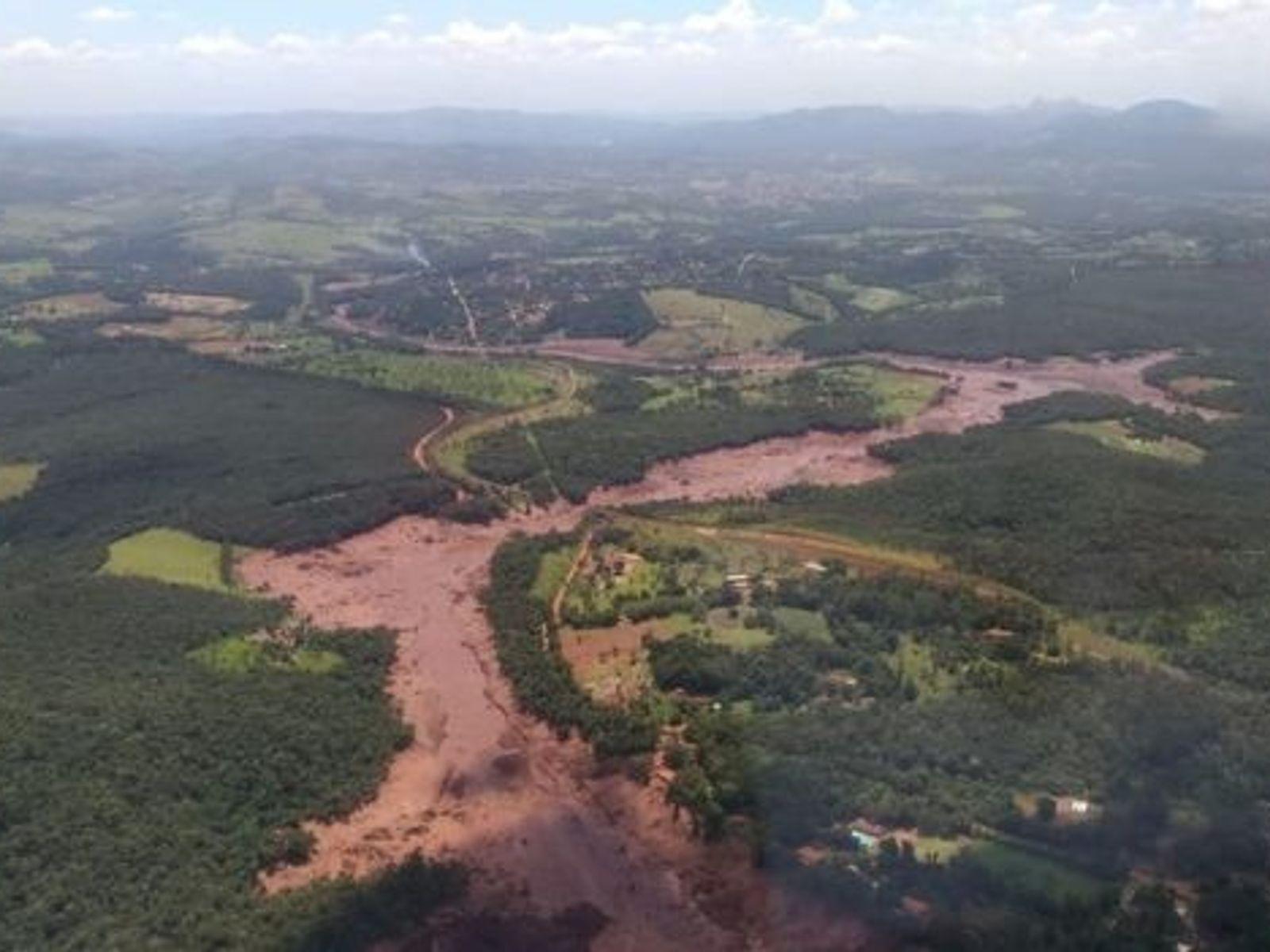 Foto tirada por equipe de Bombeiros de Minas Gerais