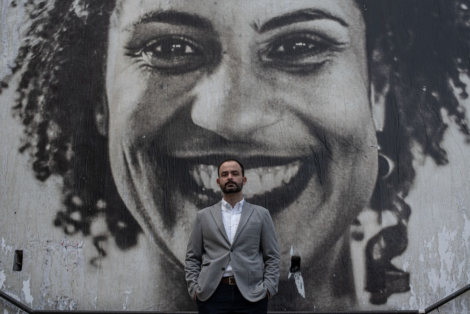 O advogado e sociólogo Ivan Marques, fotografado no Escadão Marielle Franco, memorial criado em São Paulo ...