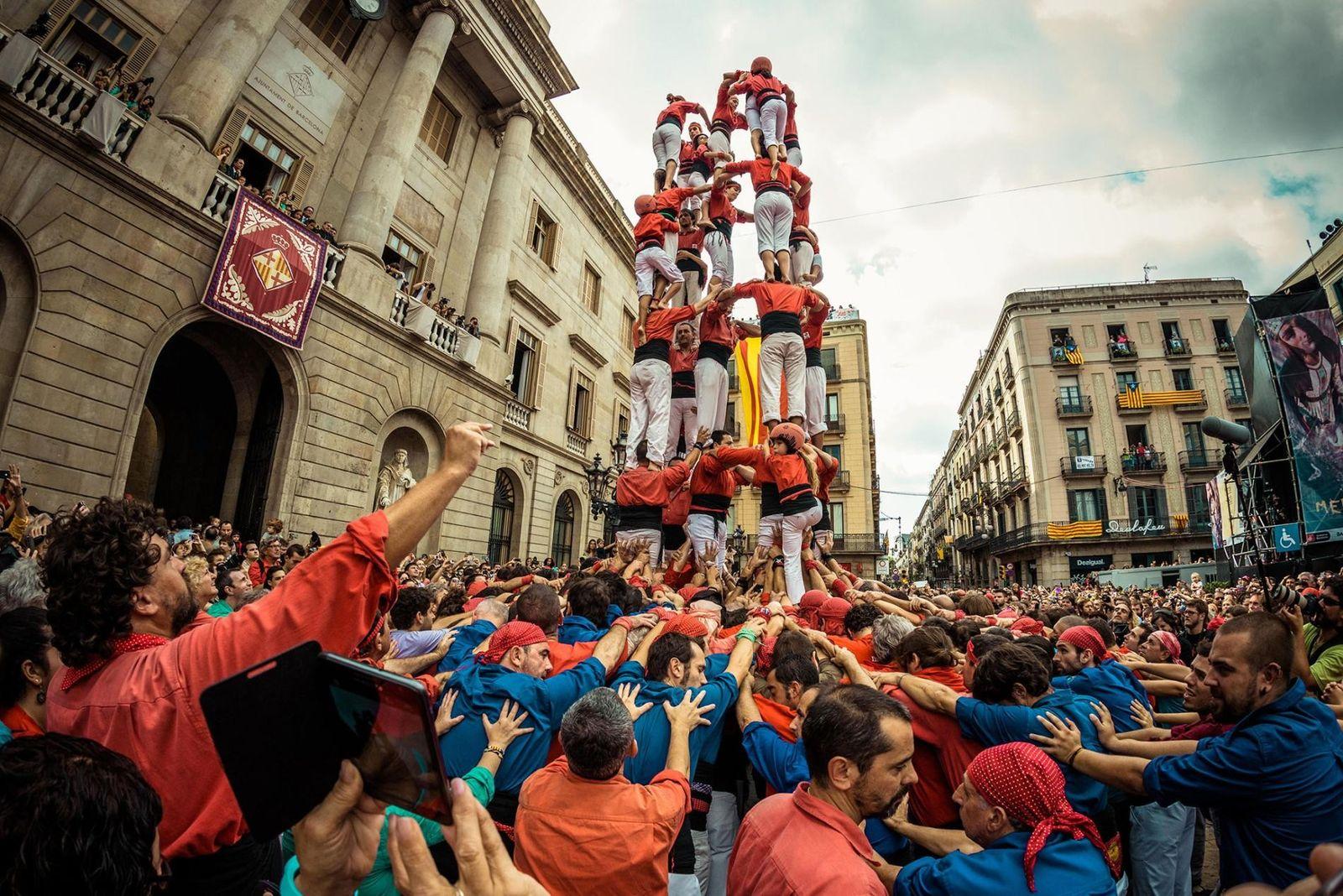 torres0humanas-castells-catalunia-barcelona