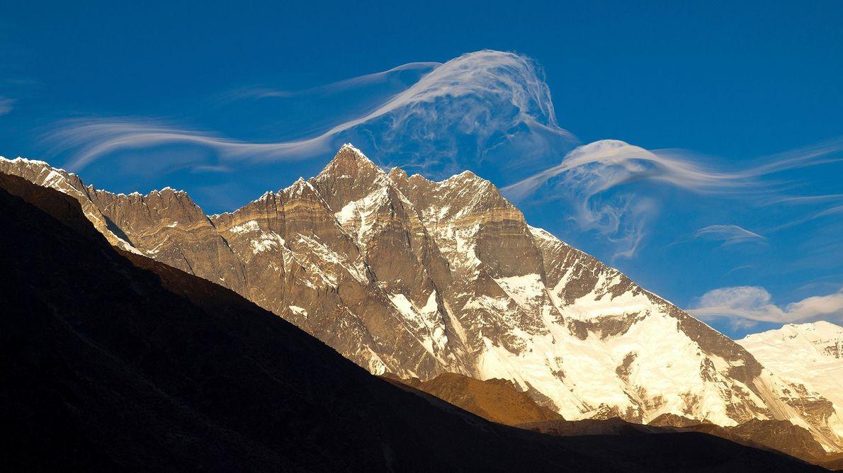 Lhotse foi a primeira tentativa de Andrzej Zawada de escalar uma montanha de 8 mil metros ...