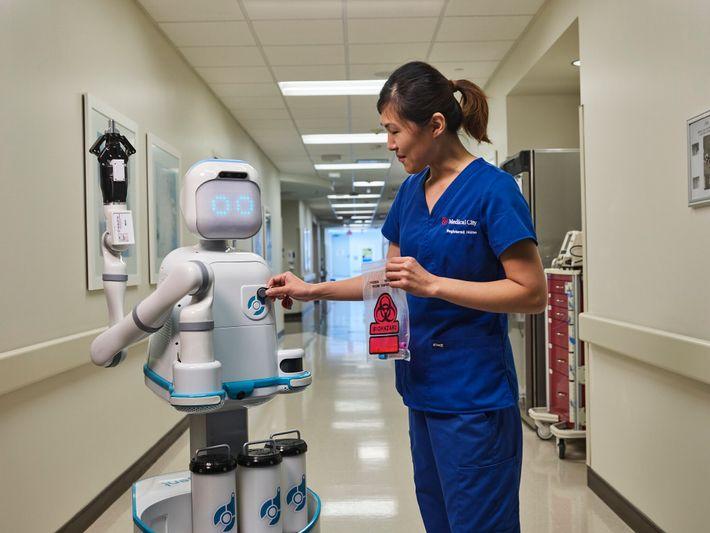 Ainda antes da pandemia, o Hospital Medical City Heart, em Dallas, no Texas, já estava testando ...