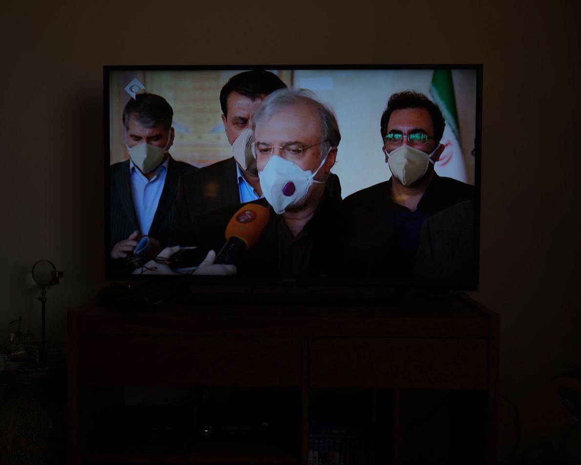 O ministro da saúde do Irã anuncia o número de mortos e infectados todos os dias ...
