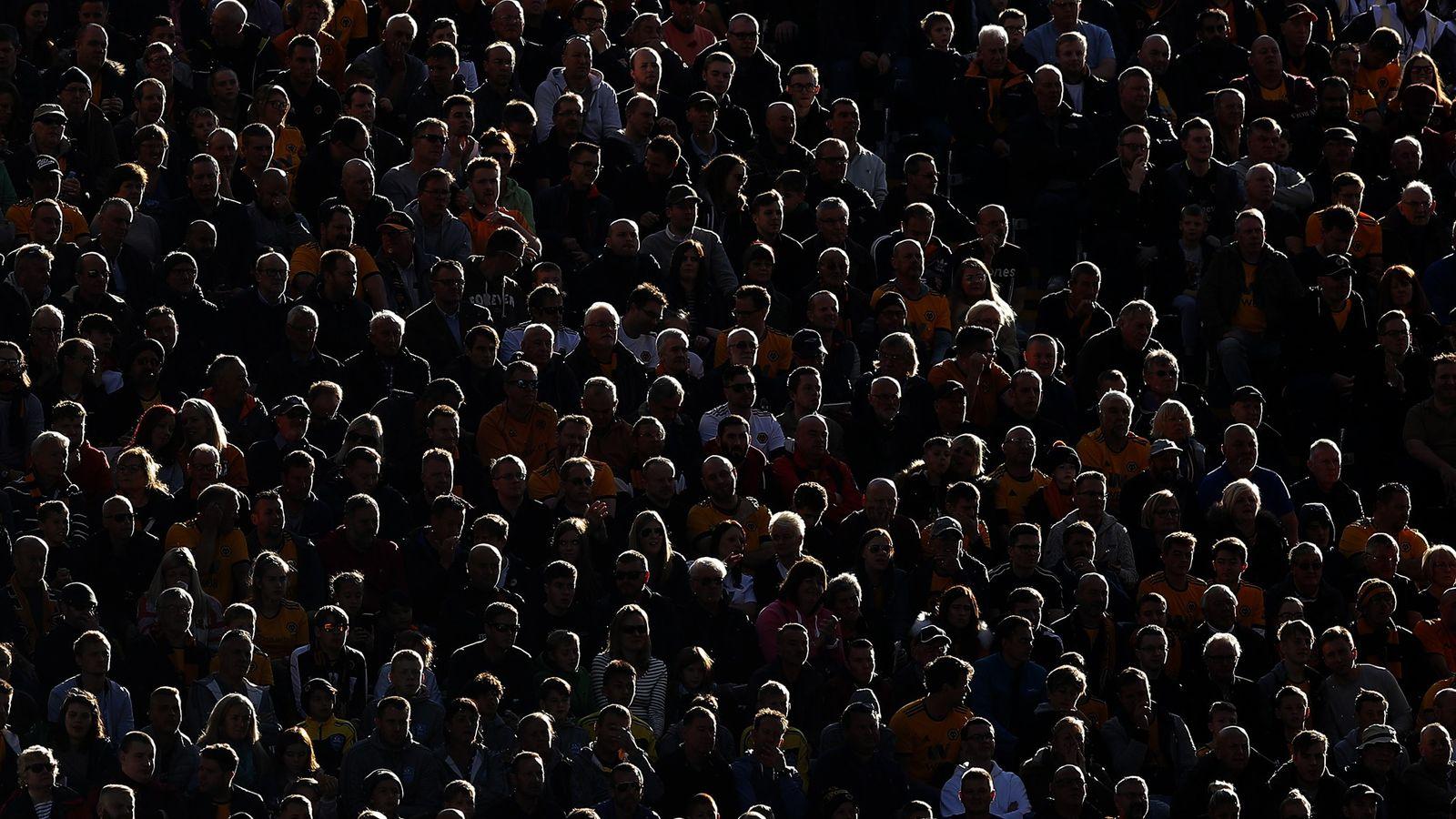 Neurocientistas e psicólogos sugerem que o que está fazendo as pessoas se afastarem de desconhecidos e ...