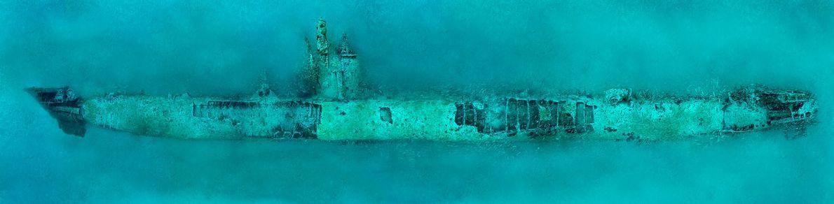 O submarino alemão U-532 no fundo do Atlântico perto de Morehead City, Carolina do Norte. O ...