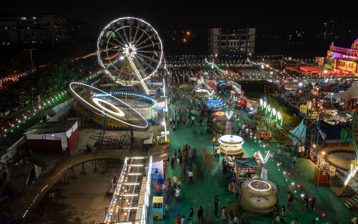 O festival de Dussehra marca o início dos preparativos do Diwali. Arora precisou superar seu medo ...