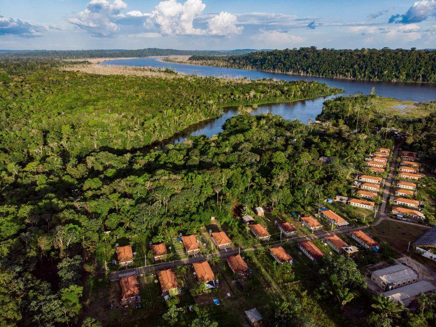 Fundada por dez famílias, em 1991, a vila de São Francisco deu lugar à barragem da ...