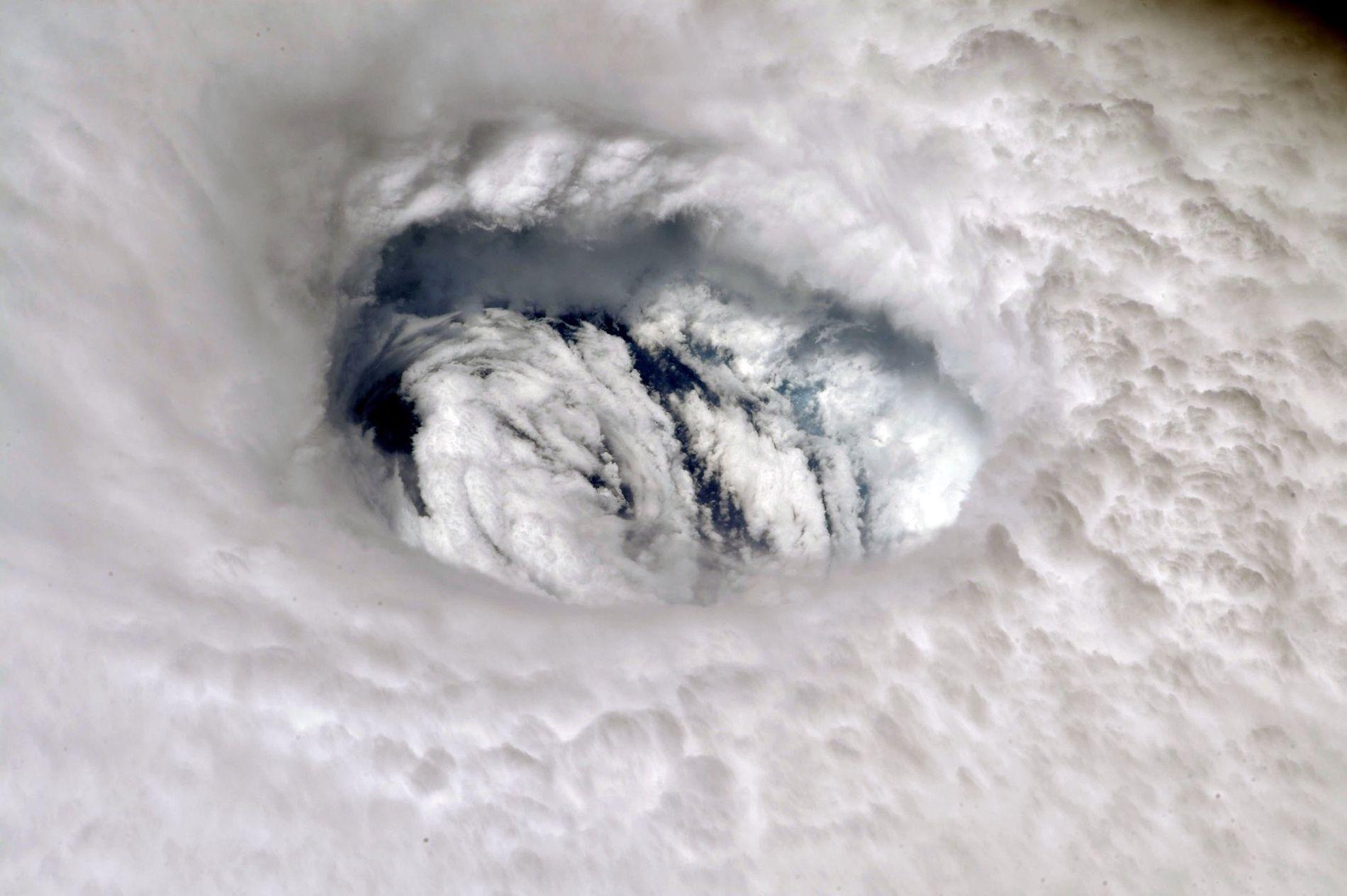Olho do Furacão Dorian visto da Estação Espacial Internacional.