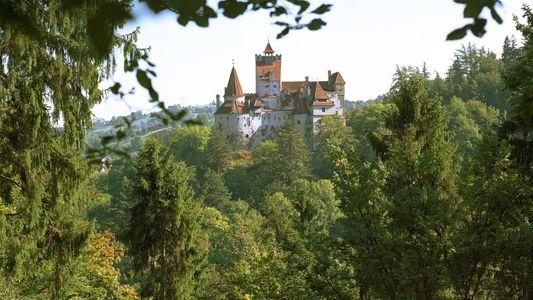Por dentro da fortaleza conhecida como 'Castelo do Drácula'