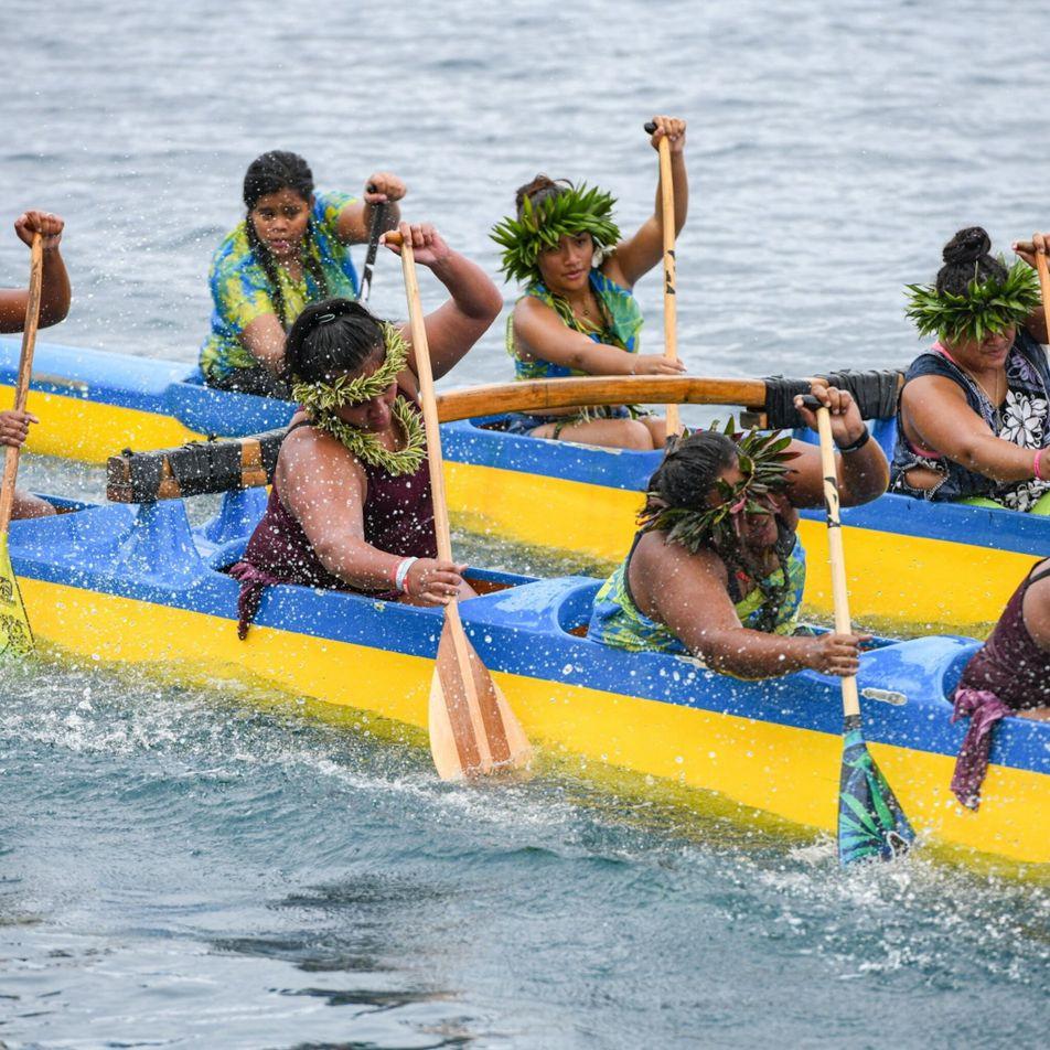 Mulheres buscam igualdade em esporte tradicional do Taiti