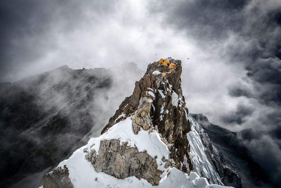 Pico do campo 2 da montanha Ama Dablam