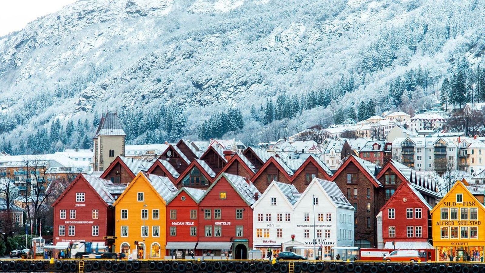 Bryggen, o colorido porto de Bergen considerado Patrimônio Mundial da Unesco, serviu como inspiração para o ...