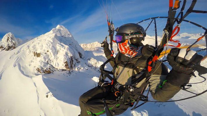 Piloto de ultraleve sobrevoa o Alasca – e faz imagens incríveis