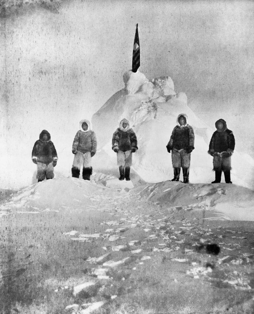 Robert Peary, que liderou a expedição polar, tirou esta foto nas proximidades do Polo Norte. Ela ...