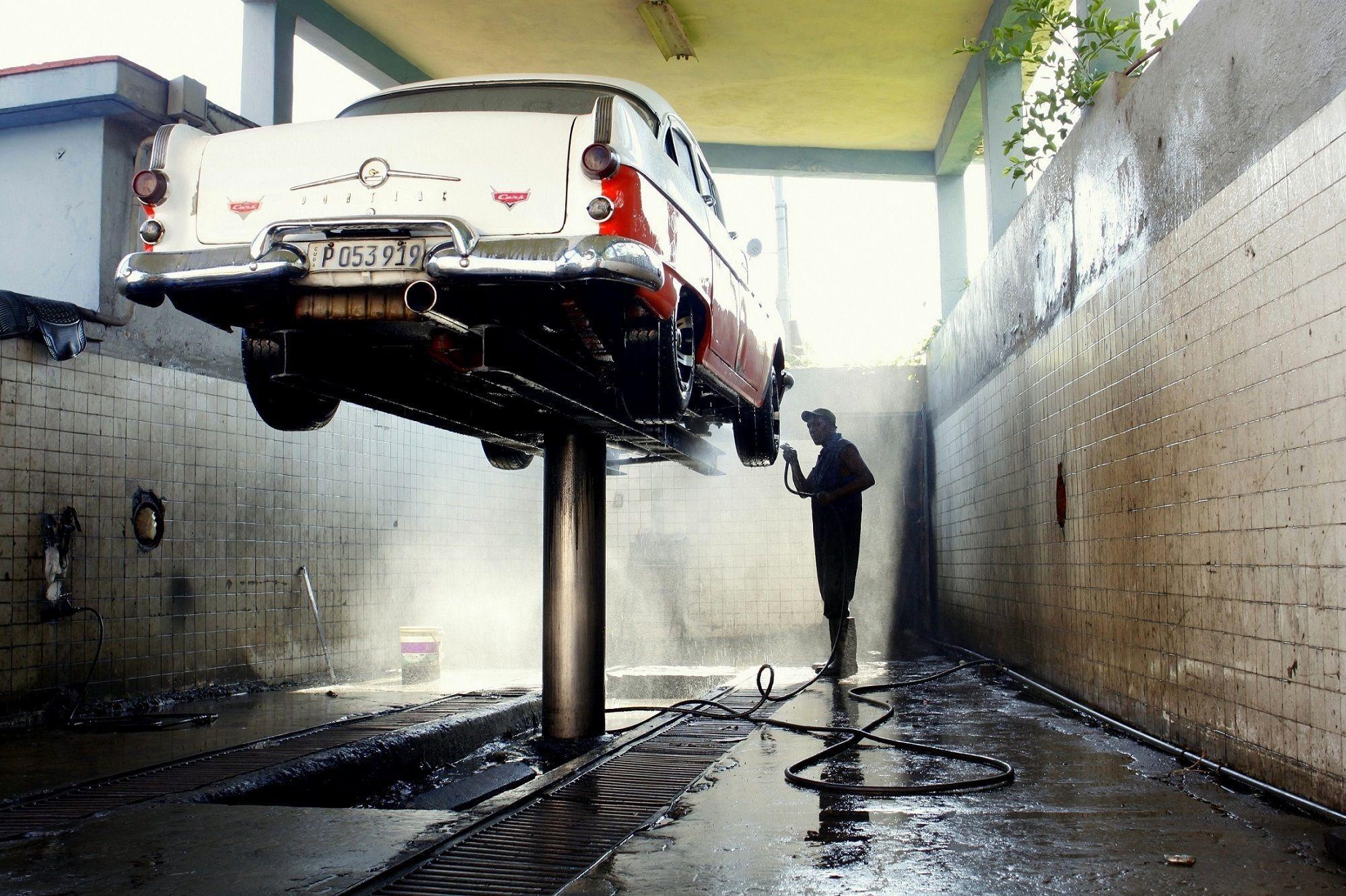 Trabalho em lavagem de carro
