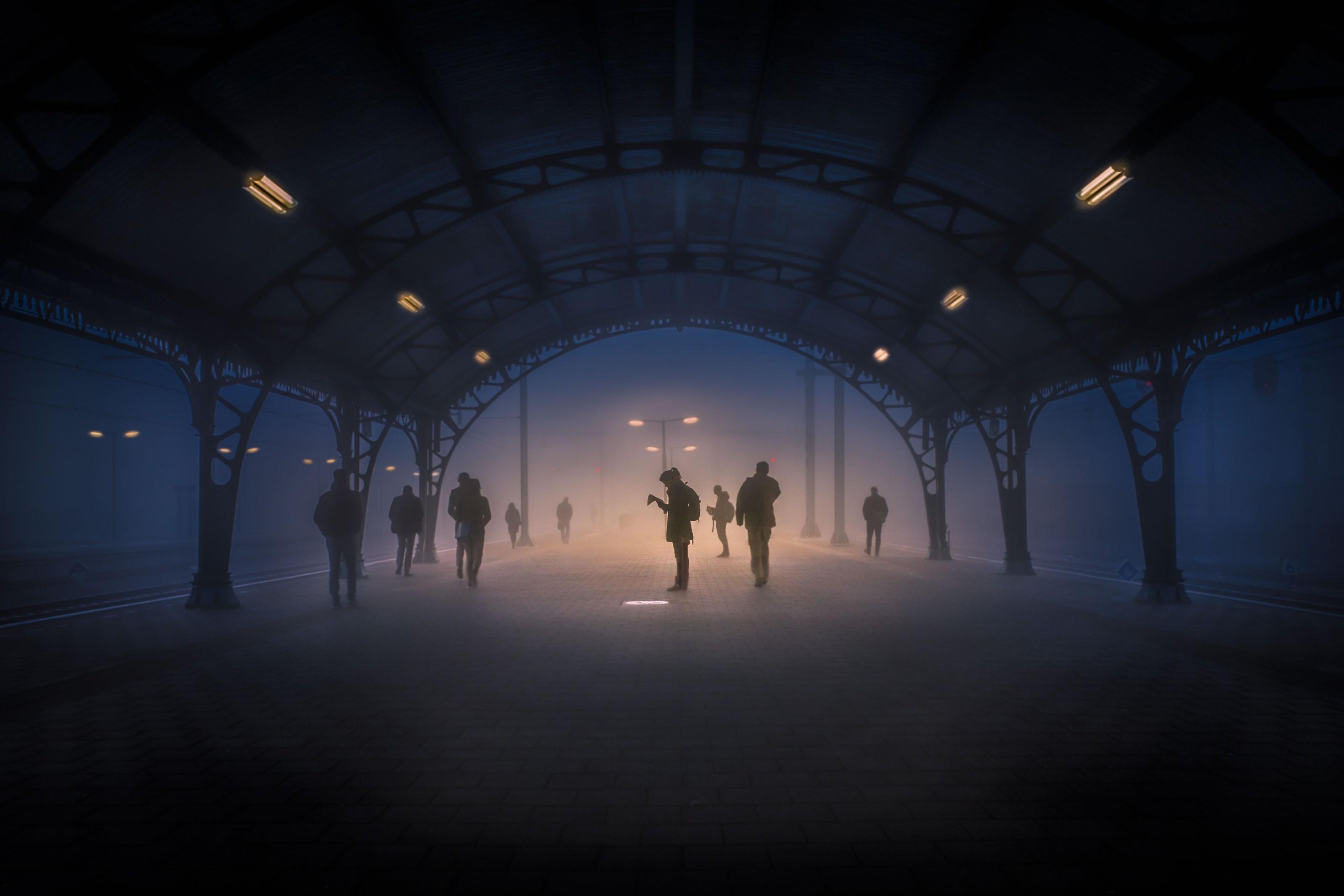 passageiros em conexão na Holanda