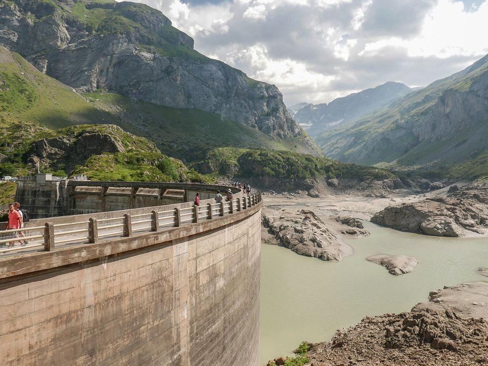 Rios europeus estão repletos de barreiras – mas aumenta movimento para removê-las