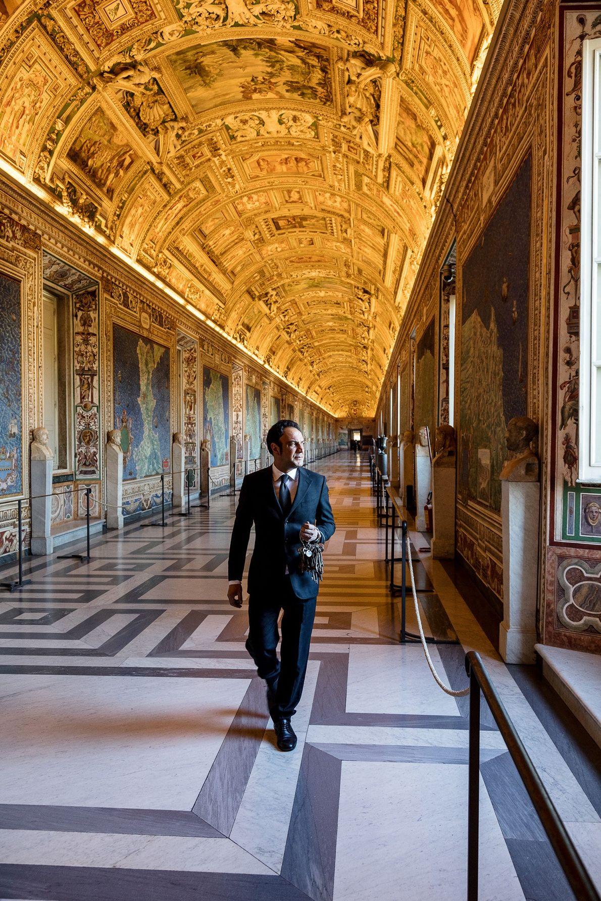 Comissionado pelo Papa Gregório XIII e pintado entre 1580 e 1585, 40 mapas com afrescos da ...