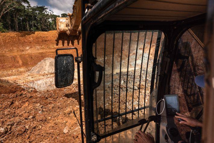 Com a forte e crescente mecanização nos últimos anos, operadores de escavadeiras se tornaram os profissionais ...