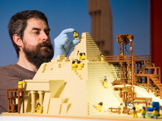 Como a Lego foi da quase falência ao topo da indústria de brinquedos